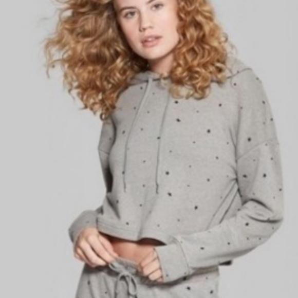 WILD FABLE Gray Star Crop Sweatshirt